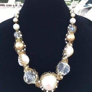 Jewelry - Oversized Pearl Necklace